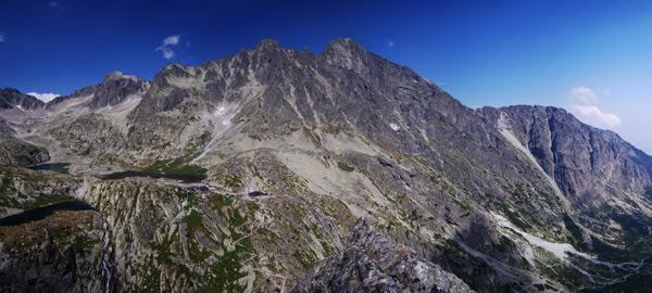 Malá studená dolina ve Vysokých Tatrách z vrcholu Malé Žluté stěny. Srpen 2010.
